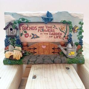 3D Ceramic Garden Friends Picture Frame
